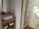 Het Bakhuisje waskom douche en toilet